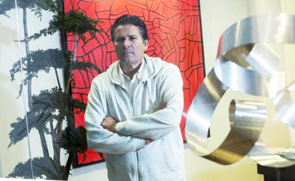 Francisco Guerrero en despacho de abogados | El Mundo | BIEL ALIÑO