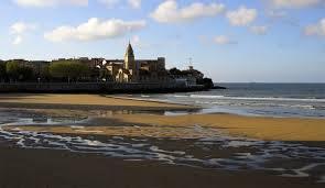 Playa de San Lorenzo en Gijón   Foto: Labé