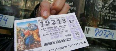 Desde el año 2013 puedes personalizar tu boleto de lotería. Foto: Las Provincias.