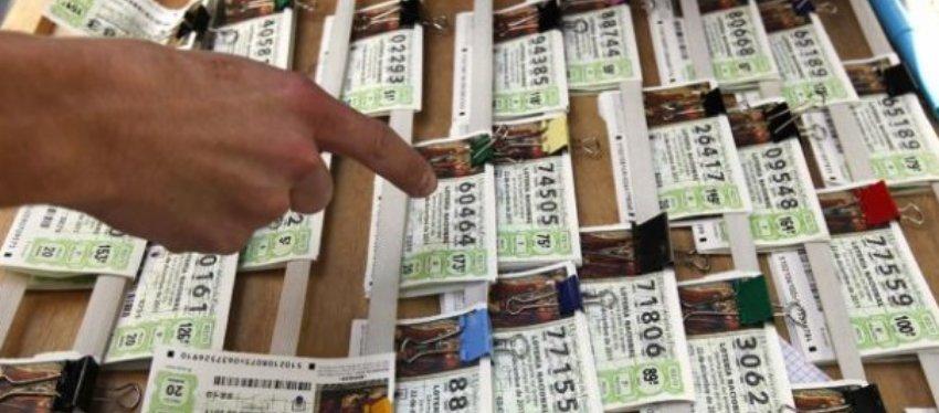 Condenada a un año y medio de cárcel una mujer que robó un décimo de Lotería premiado