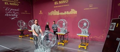 Los bombos para el sorteo de El Niño ya están preparados. Foto RTVE.