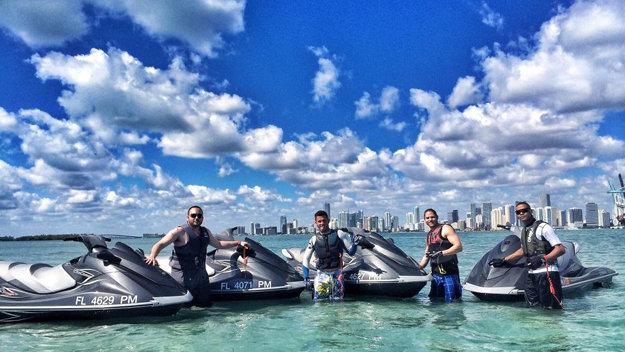 Hacer jetski en Miami es un gran lujo