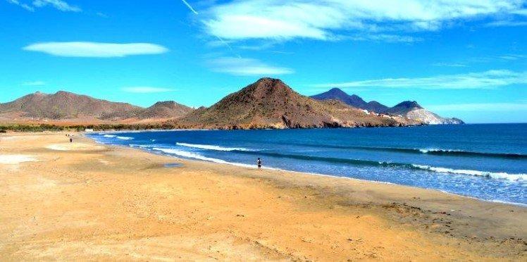 Playa de los Genoveses, en Almería.