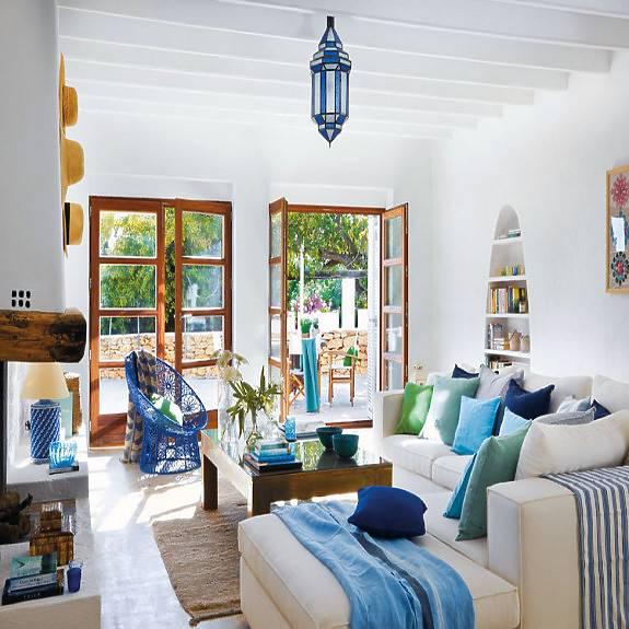 Cómo dar un soplo de aire fresco a tu salón en verano