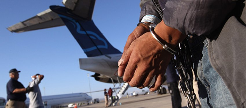 Importancia de seleccionar un abogado para la audiencia de deportación