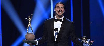 Ibrahimovic recibió por décima edición consecutiva el Balón de Oro de Suecia. Foto: Twitter.