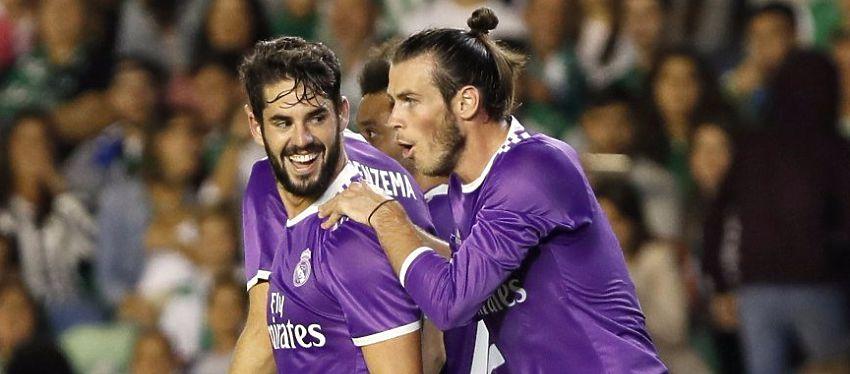 Isco celebra uno de sus dos goles junto a Gareth Bale. Foto: @deporteslasexta.
