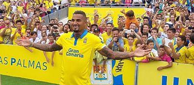 Boateng se mete a la afición de Las Palmas en el bolsillo