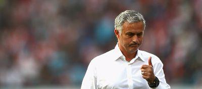 Mourinho no termina de carburar con el Manchester United. Foto: @bet365_es.