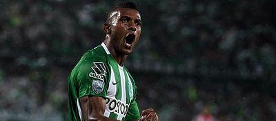 Miguel Borja celebra uno de sus goles ante el Atanasio. Foto: Sphera Sports.