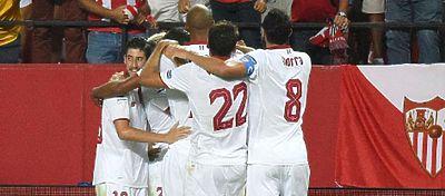 Los jugadores del Sevilla Fc celebrando un gol | Foto: Twitter