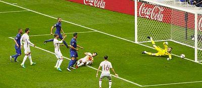 Primer gol de italia | Foto: @Vivo_Azzurro