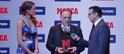 Javier Tebas, en los premios 'Marca'. Foto: @donbalon_com.