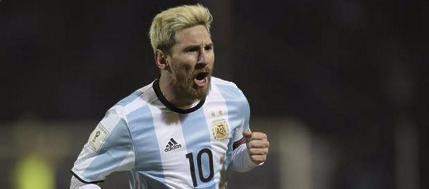 Messi volvió a demostrar su calidad fuera del campo de fútbol. Foto: Twitter.