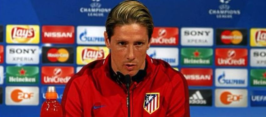 Torres comparece en rueda de prensa. Foto: Marca TV.