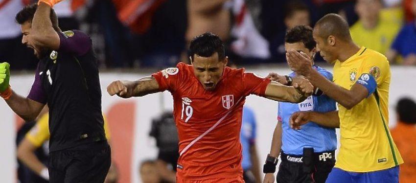 Yoshimar Yotún celebra el gol que metió a Perú en los cuartos de final de la Copa América. Foto: Instagram.