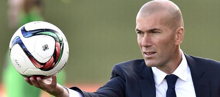 Zidane, ¡sal a jugar tú!