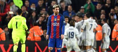 Messi se volvió a marchar con el casillero a cero ante el Real Madrid. Foto: Twitter.