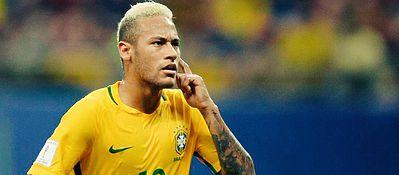 Neymar, tras el oro olímpico, sigue liderando a los suyos en el camino hacia el Mundial. Foto: Twitter.