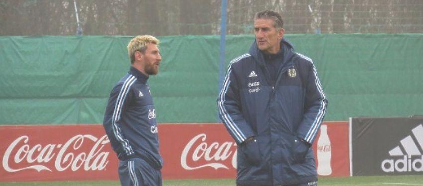 Messi ya se encuentra concentrado en Ezeiza junto al resto de sus compañeros. Foto: Twitter.