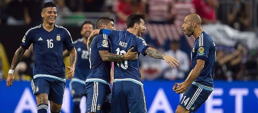 La seleccion argentina, liderada por Leo Messi, intentará que no se repita la final del año pasado. Foto: @copaamericacentenario.