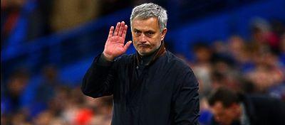 Mourinho cumplirá en el Manchester United su octava temporada en la Premier League. Foto: Defensa Central.