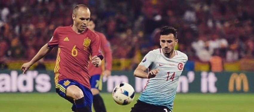 Iniesta volvió a ser determinante en la victoria de España. Foto: @uefaeuro.