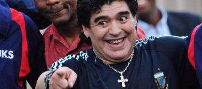 Maradona cree que si el Madrid-Nápoles se jugara hoy el conjunto blanco no sería tan favorito. Foto: Twitter.