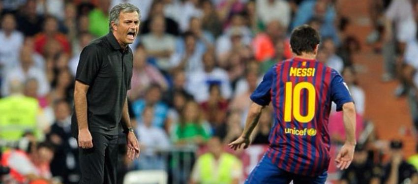 Mourinho, durante su etapa en el Real Madrid. Foto: @partidazocope.
