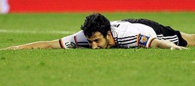 Dani Parejo está cada vez más cerca de abandonar el Valencia. Foto: Twitter.