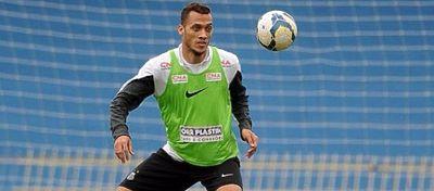 Hélio Neto volverá a jugar al fútbol tras el accidente. Foto: Twitter.