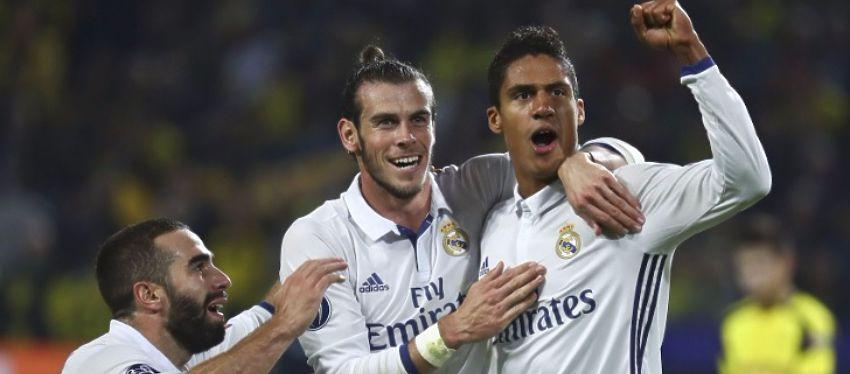 Varane celebra un gol junto a Bale y Carvajal. Foto: El Español.