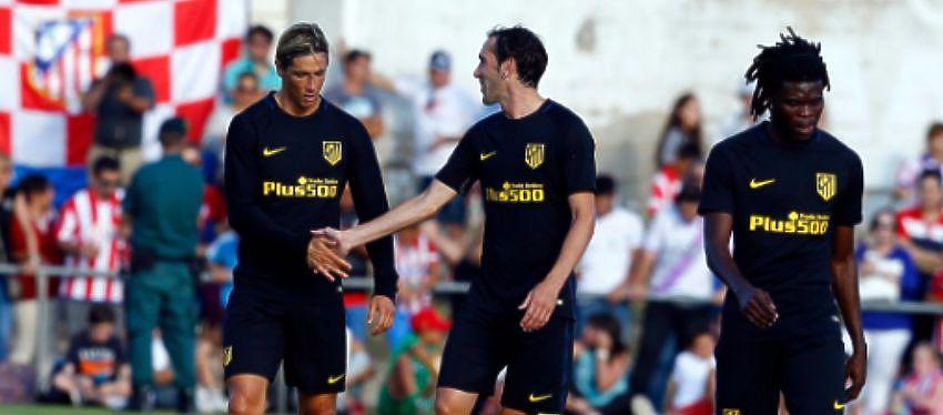 Fernando Torres celebra el gol con Diego Godín | Foto: @Atleti