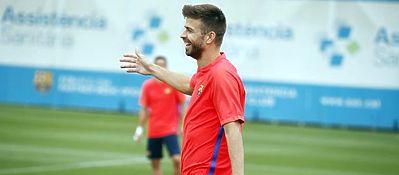 Piqué, en el entrenamiento con el Barça. Foto: FC Barcelona.