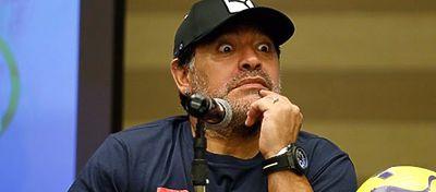 Maradona cree que Messirenunciará a Argentina