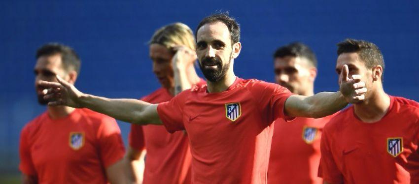 Juanfran, en un entrenamiento con el Atleti. Foto: Bet365.