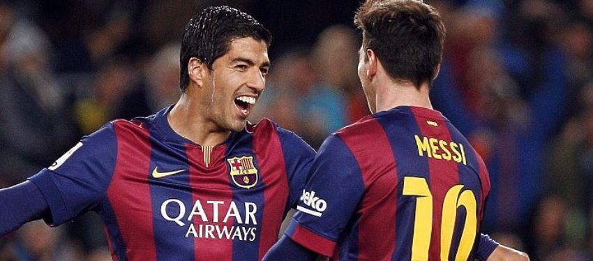 Luis Suárez celebra un gol junto a Leo Messi. Foto: Twitter.