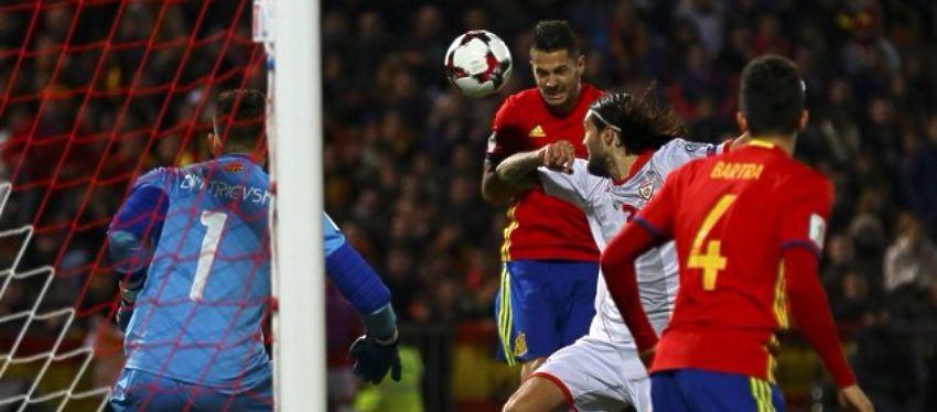 Vitolo volvió a ser uno de los grandes protagonistas en la victoria de España. Foto: @ellarguero.