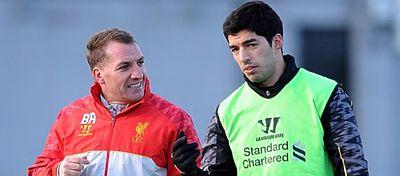 Luis Suárez junto a Danny Wilson en su etapa en el Liverpool. Foto: Twitter.
