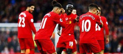 El Liverpool, nuevo líder de la Premier; elUnited recorta distancias