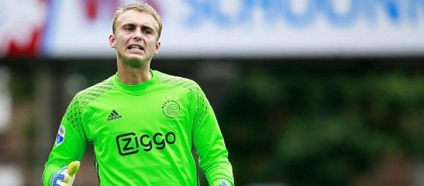 Cillessen, en uno de sus últimos partidos con el Ajax. Foto: Twitter.