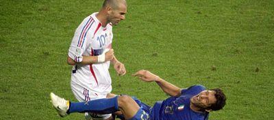 Diez años después de aquel partido, Materazzi reveló lo que le dijo al francés. Foto: Twitter.