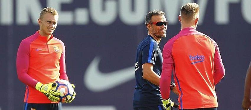 Cillessen y Ter Stegen durante un entrenamiento con el Barça. Foto: Mundo Deportivo.