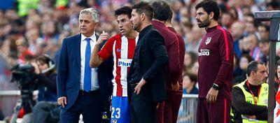 Diego Simeone durante el partido | Foto: @Atletic