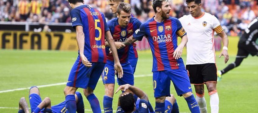 El botellazo a Neymar provocó la exagerada reacción de varios jugadores del Barça. Foto: @mba_barca.