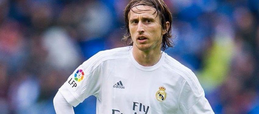 Modric seguirá vinculado al Real Madrid durante cuatro temporadas más. Foto: SportYou.