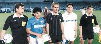 Nápoles y Real Madrid volverán a verse las caras 30 años después. Foto: Twitter.