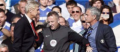 Wenger y Mourinho tuvieron sus más y sus menos hace un par de temporadas. Foto: Twitter.