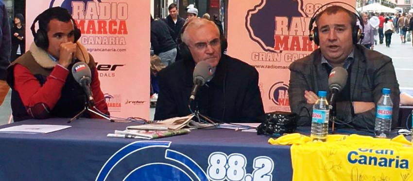 Ángel López en la radio canaria. Foto: UD Las Palmas Twitter