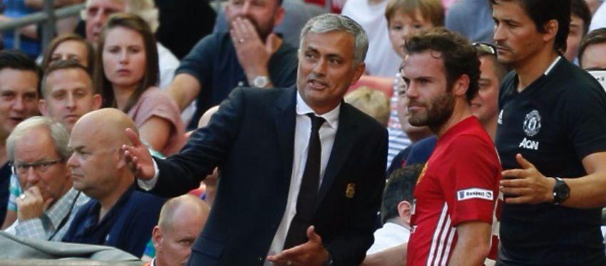 Mourinho ya ha tenido algún que otro enfrentamiento desde su llegada a Manchester. Foto: News Week.